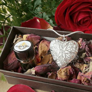 Rose Otto Locket - Artisan Aromatic